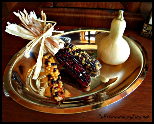 AnExtraordinaryDay.net  {Day 18}  31 Extraordinary Days ~ Making the House....My Home | Harvest Vignette