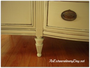 {Annie Sloan Chalk Paint} Transforming a Vintage Sideboard with Paint