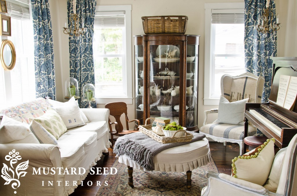 Miss Mustard Seed's Living Room - Ottoman