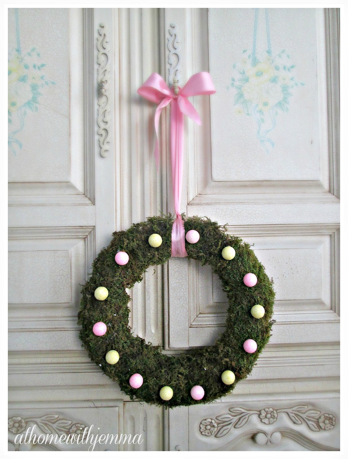Spring Wreath by At Home with Jemma :: a Project Inspired Feature at AnExtraordinaryDay.net