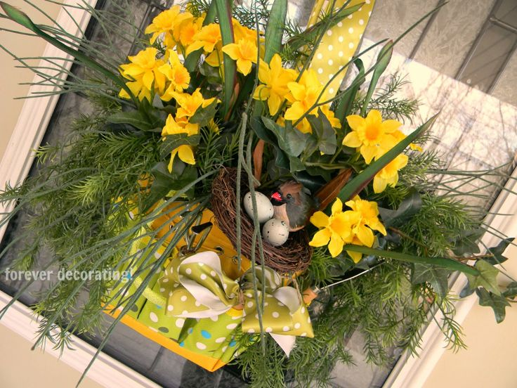 Spring Door Decor by Forever Decorating - a Project Inspired feature at AnExtraordinaryDay.net