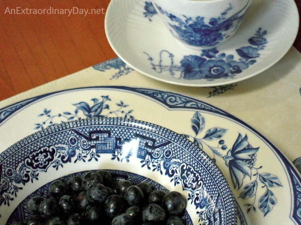 Blue Willow and Assorted Blue & White China  Blueberry Tablescape :: AnExtraordinaryDay.net
