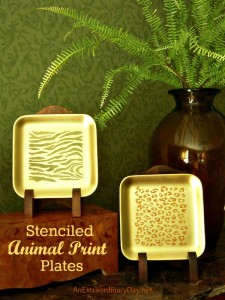 Stenciling Tutorial Using FolkArt & Stencil1 Products by #PlaidCrafts
