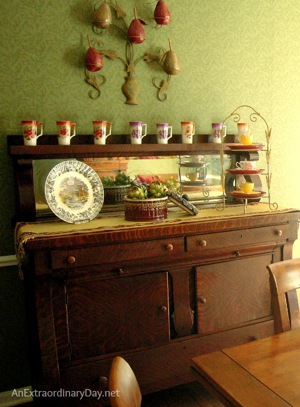 Vintage Buffet Dressed for #Fall :: Jewel Tones of Fall :: Dining Room