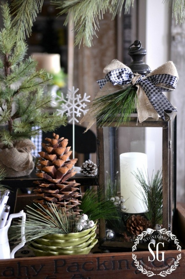 Farmhouse Christmas vignette from Stone Gable is a Top 10 Posts for 2014 at AnExtraordinaryDay.net
