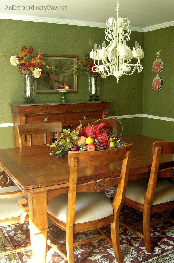 Feeling fall-ish jewel tone dining room is a Top 10 Posts for 2014 at AnExtraordinaryDay.net