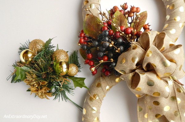 Stunning Transitional Wreath Swap-out for Christmas