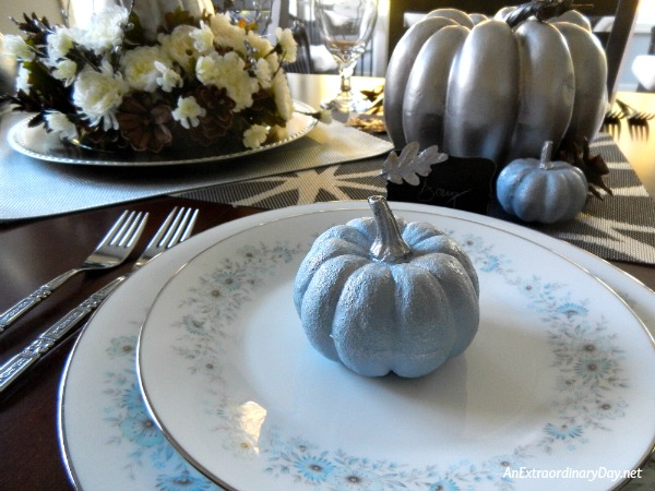 Make a Simple but Spectacular Silver Thanksgiving Centerpiece with Blue and Silver Accent Pumpkins - AnExtraordinaryDay.net