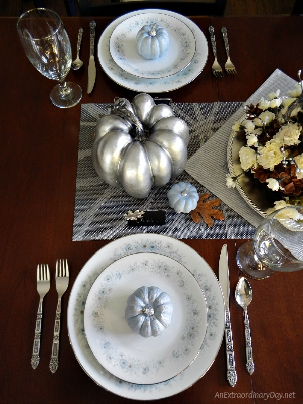 Make a Simple but Spectacular Silver Thanksgiving Centerpiece with Blue and White China and Blue Pumpkins - AnExtraordinaryDay.net