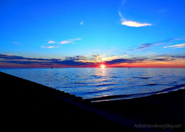 Sunset over Lake Michigan | When fear creeps in, when the growing pains seem to be more than you can bear, when you are down for the count... THIS bit of knowledge changes everything.... Inspiration to for those tough times at AnExtraordinaryDay.net