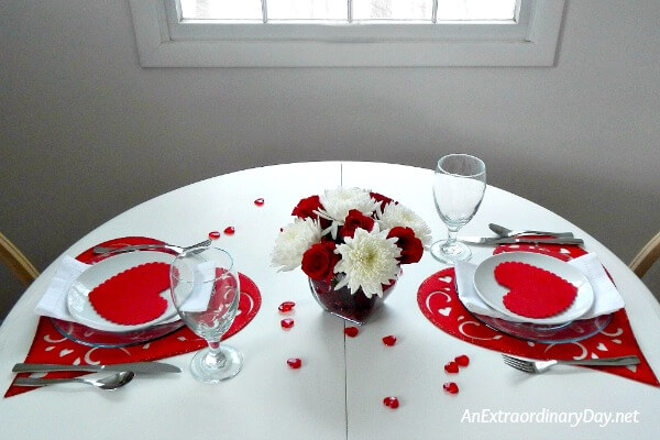 So very easy Valentine table setting & A Quick and Easy Way to Decorate a Table for Valentine\u0027s Day | An ...