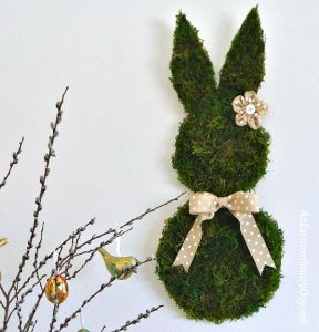 Terrific Tutorial for Making a Cute Mossy Wall Bunny for Your Spring or Easter Home Decor
